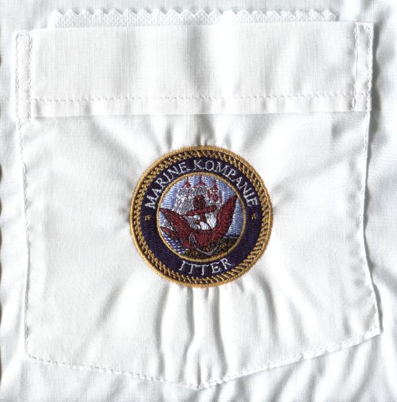 Bild 7: Stickerei auf Hemdtasche